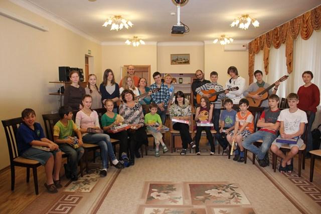Детский праздник на дому в подольске аниматоры в школу 1-я Боевская улица