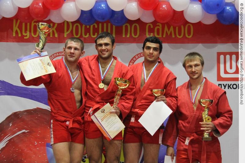 Рязанские самбисты завоевали «серебро» и«бронзу» наКубке Российской Федерации