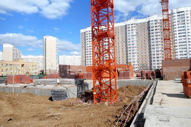 Строительство поликлиники в Кузнечиках идет по графику