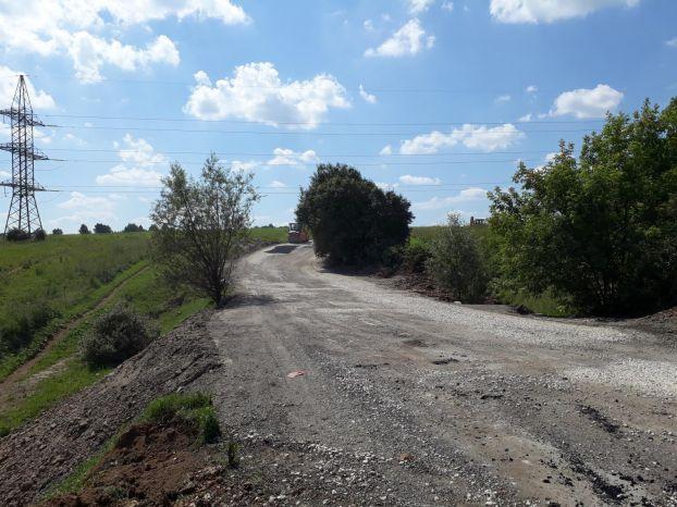 Начался ремонт дороги в Андреевском