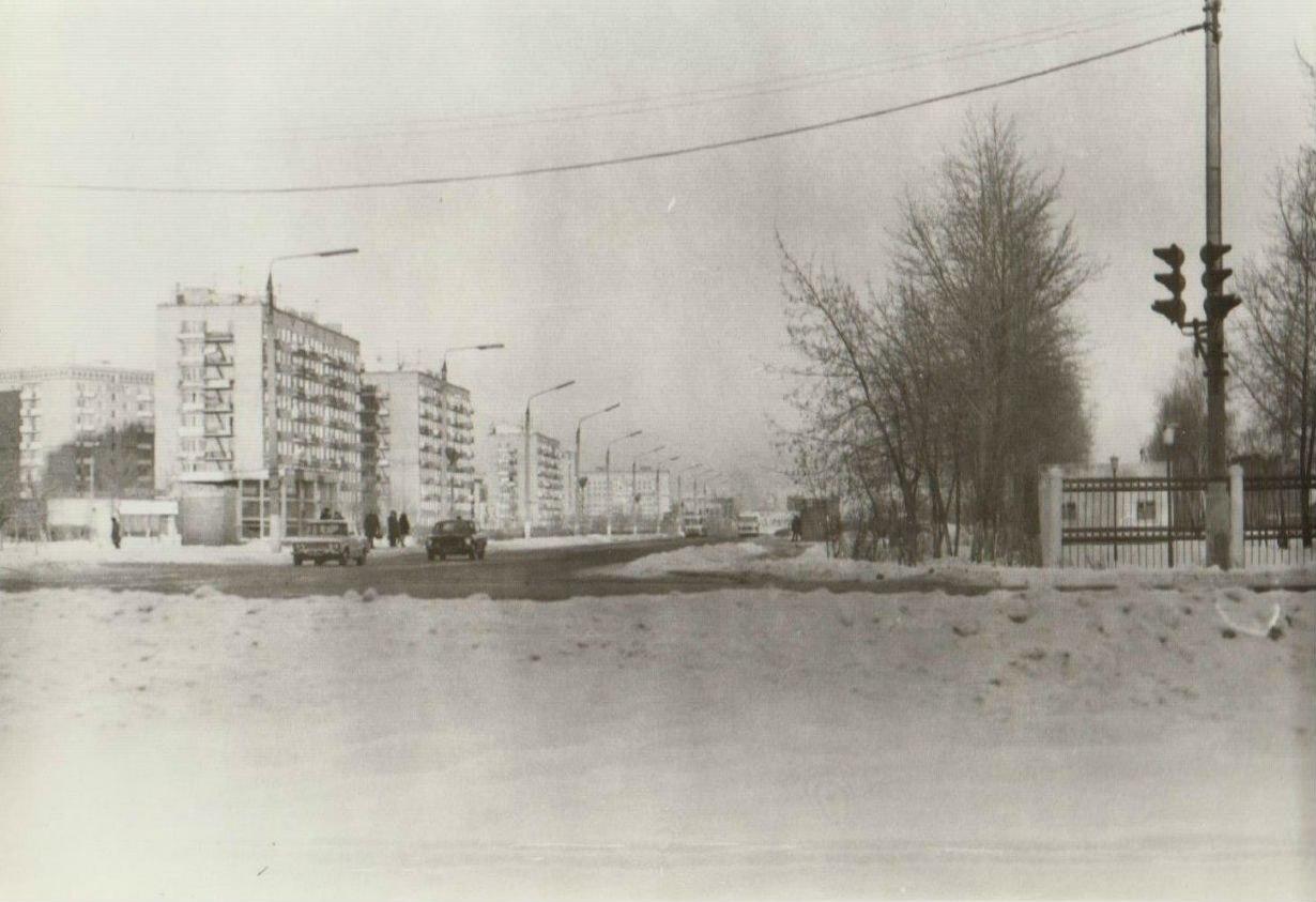 Подольск. Октябрьский проспект в час пик, 1970-е годы.