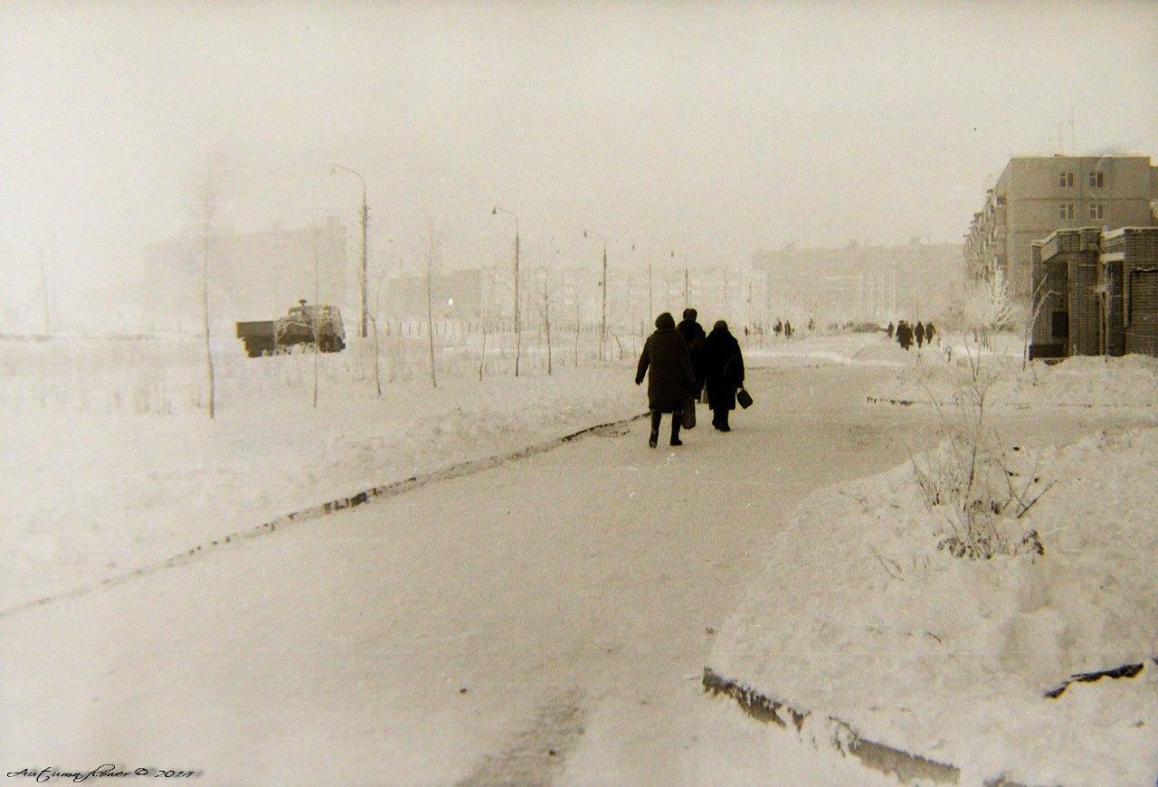 Подольск, Красногвардейский бульвар от дома № 35.  Зима 1979 года.