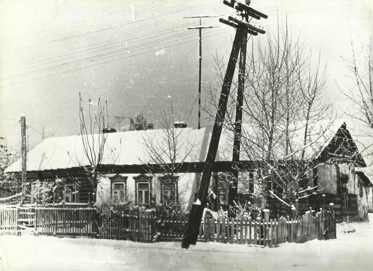 1948 год. Дом стоял на месте городской администрации Подольска.