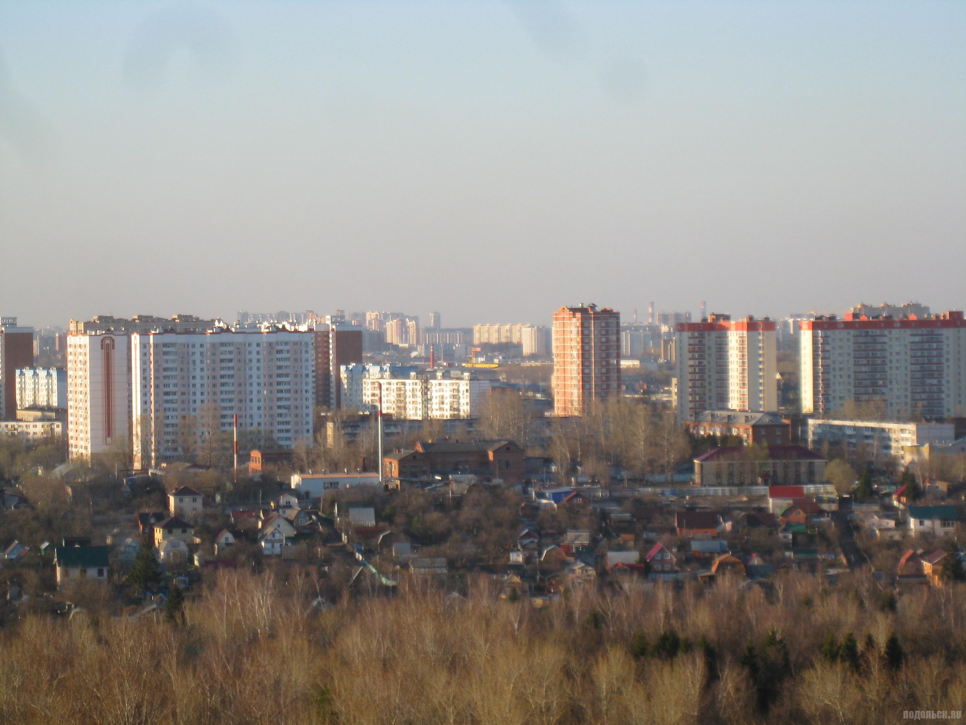 Вид на Силикатную-2 с Красной Горки. Апрель 2016 г.