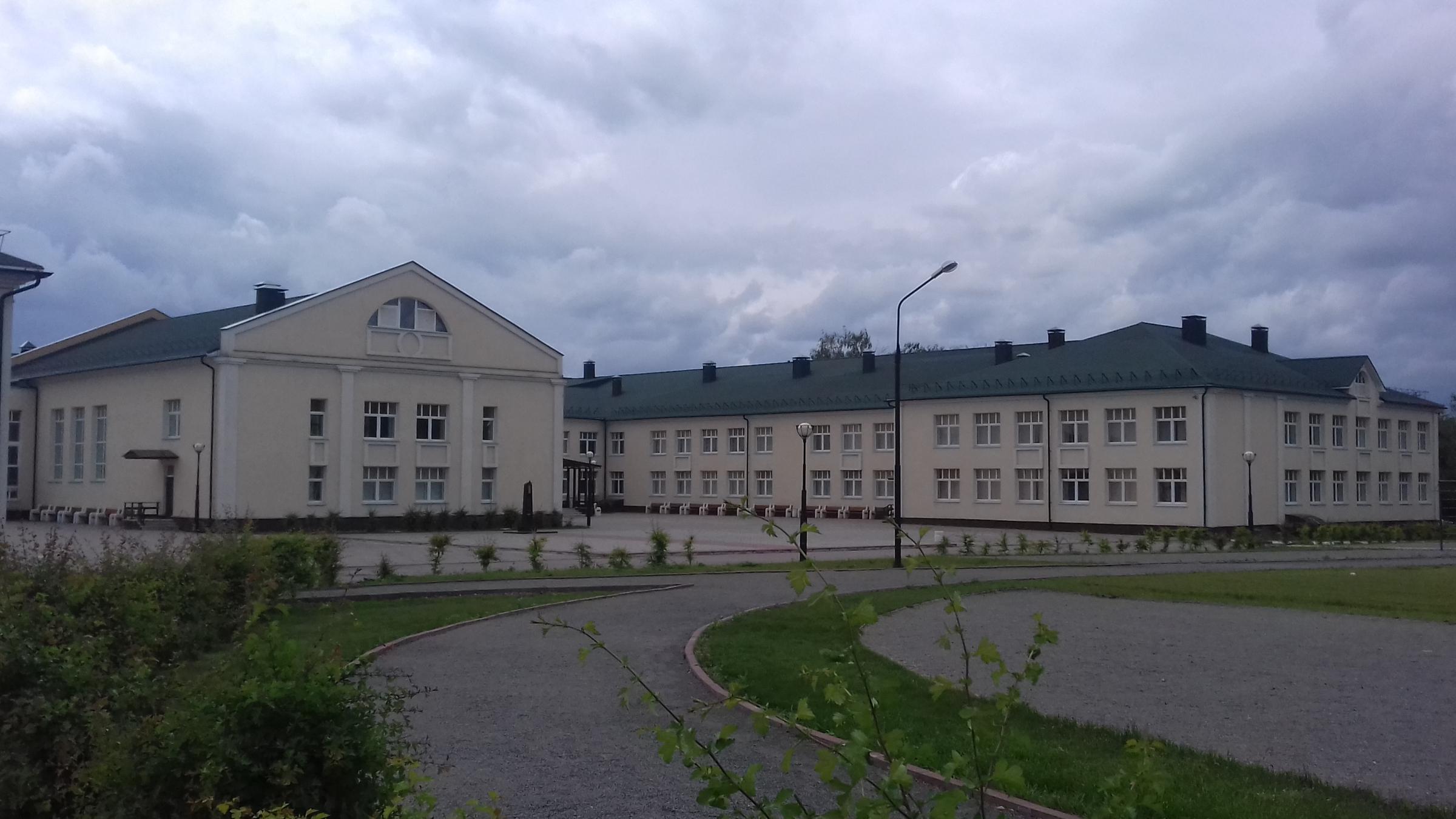 Остафьевская школа (ГБОУ СОШ № 2080). Июнь 2016.