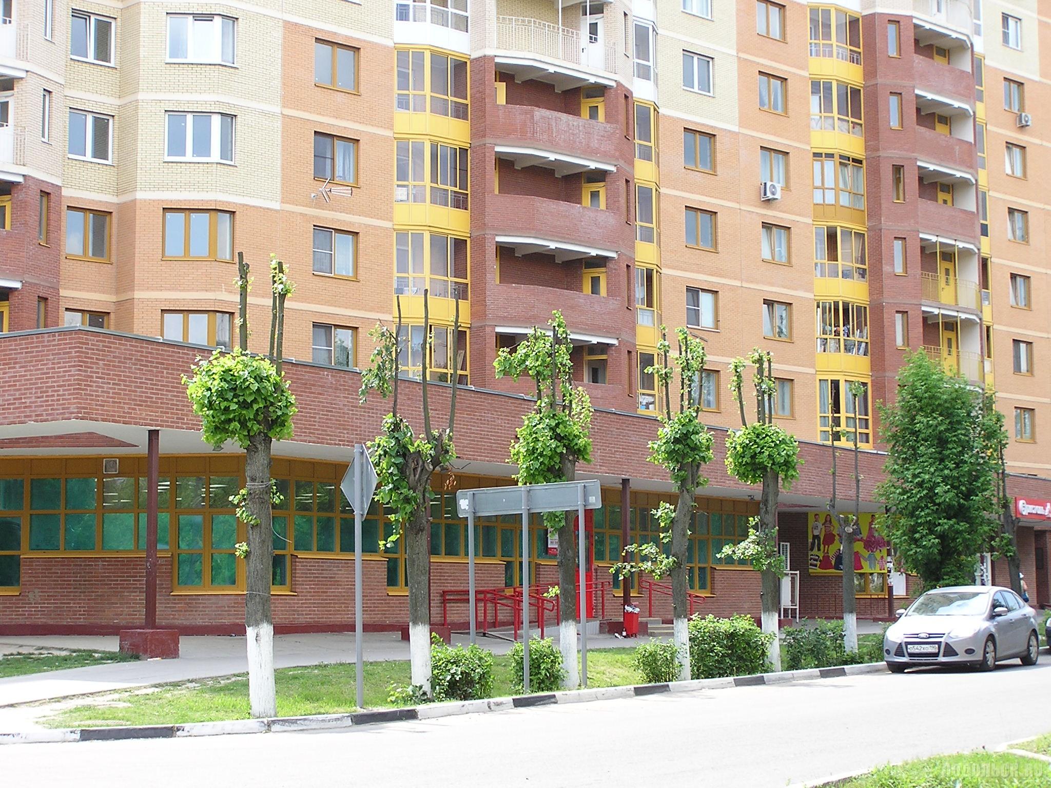 Львовский, улица Горького, 17. 27 июня 2016 г.