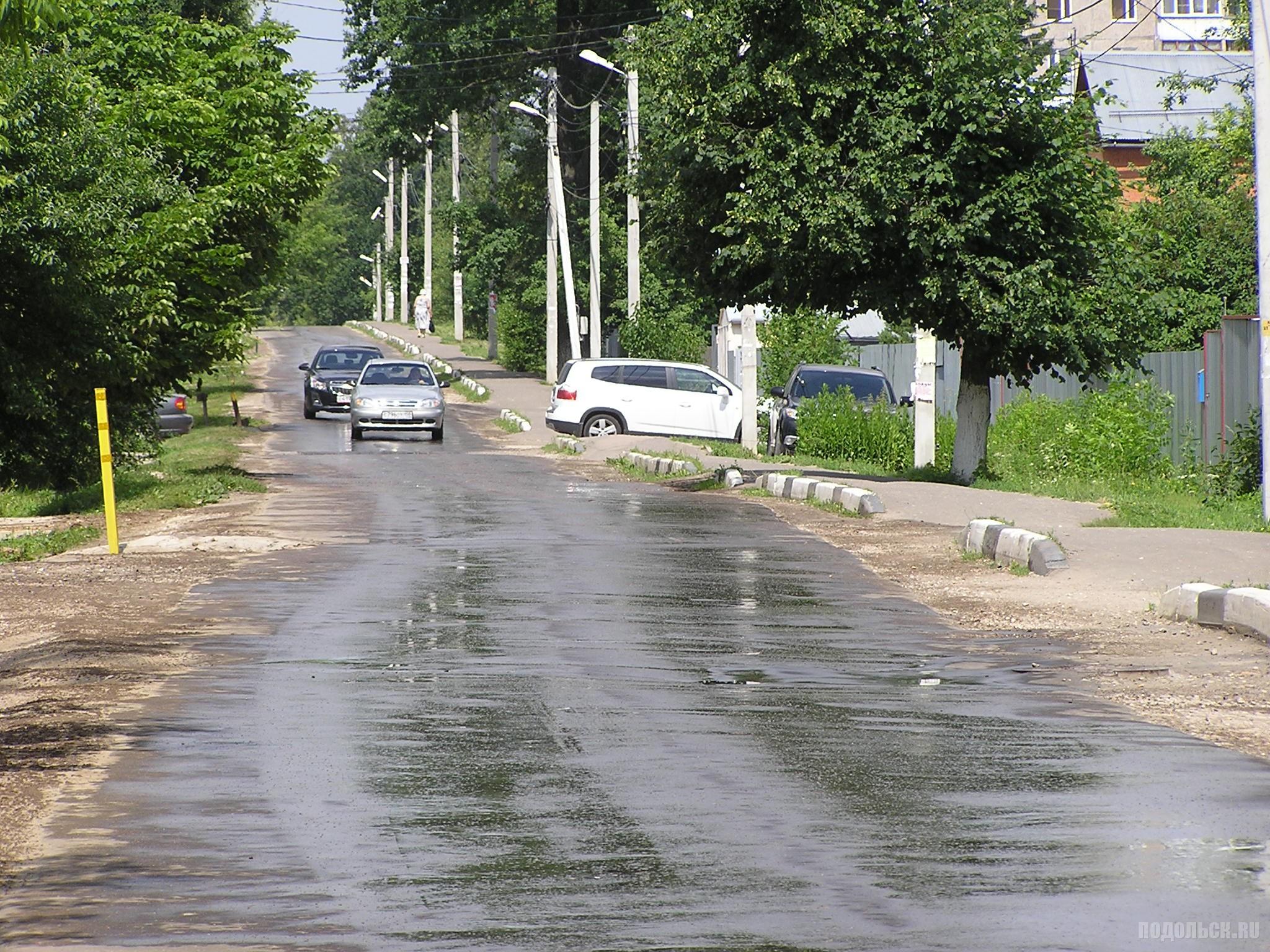 Помытый асфальт. 27 июня 2016 г.