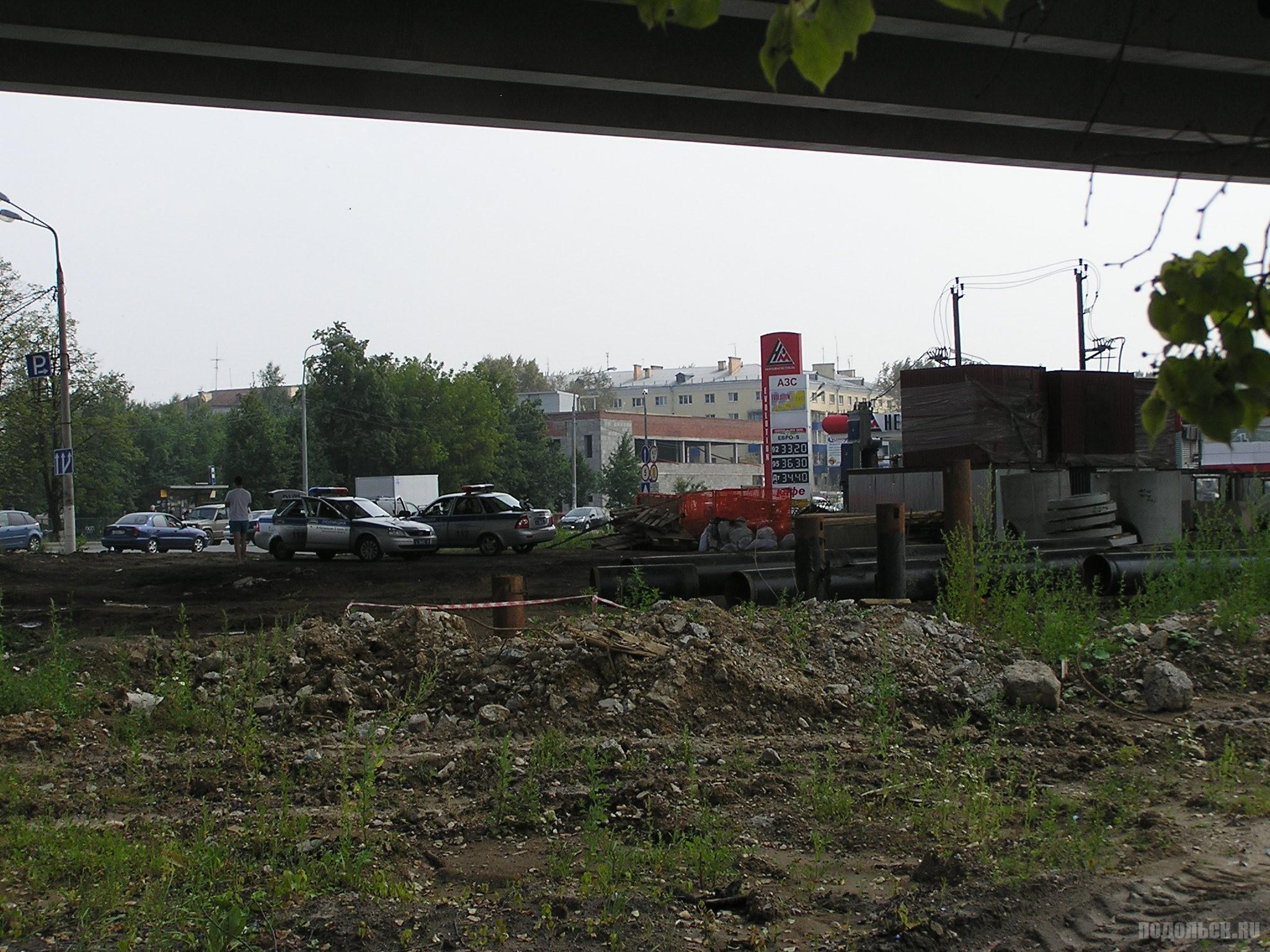 АЗС на Симферопольской улице у эстакады. 24 июля 2016 г.