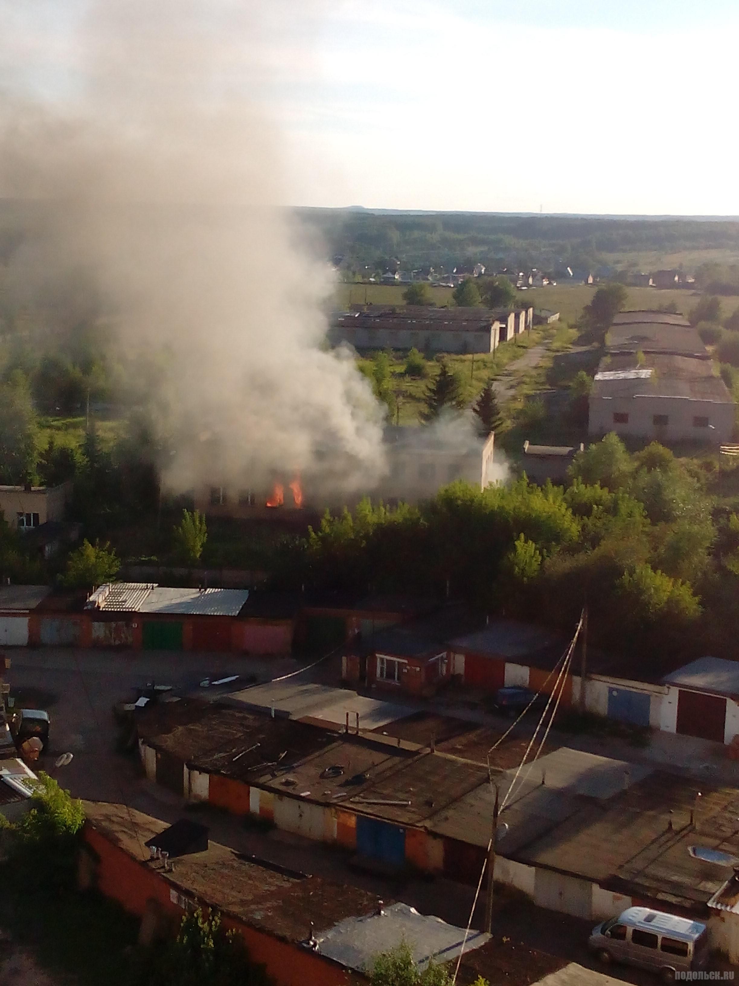 Пожар в заброшенной воинской части. Август 2016 г.