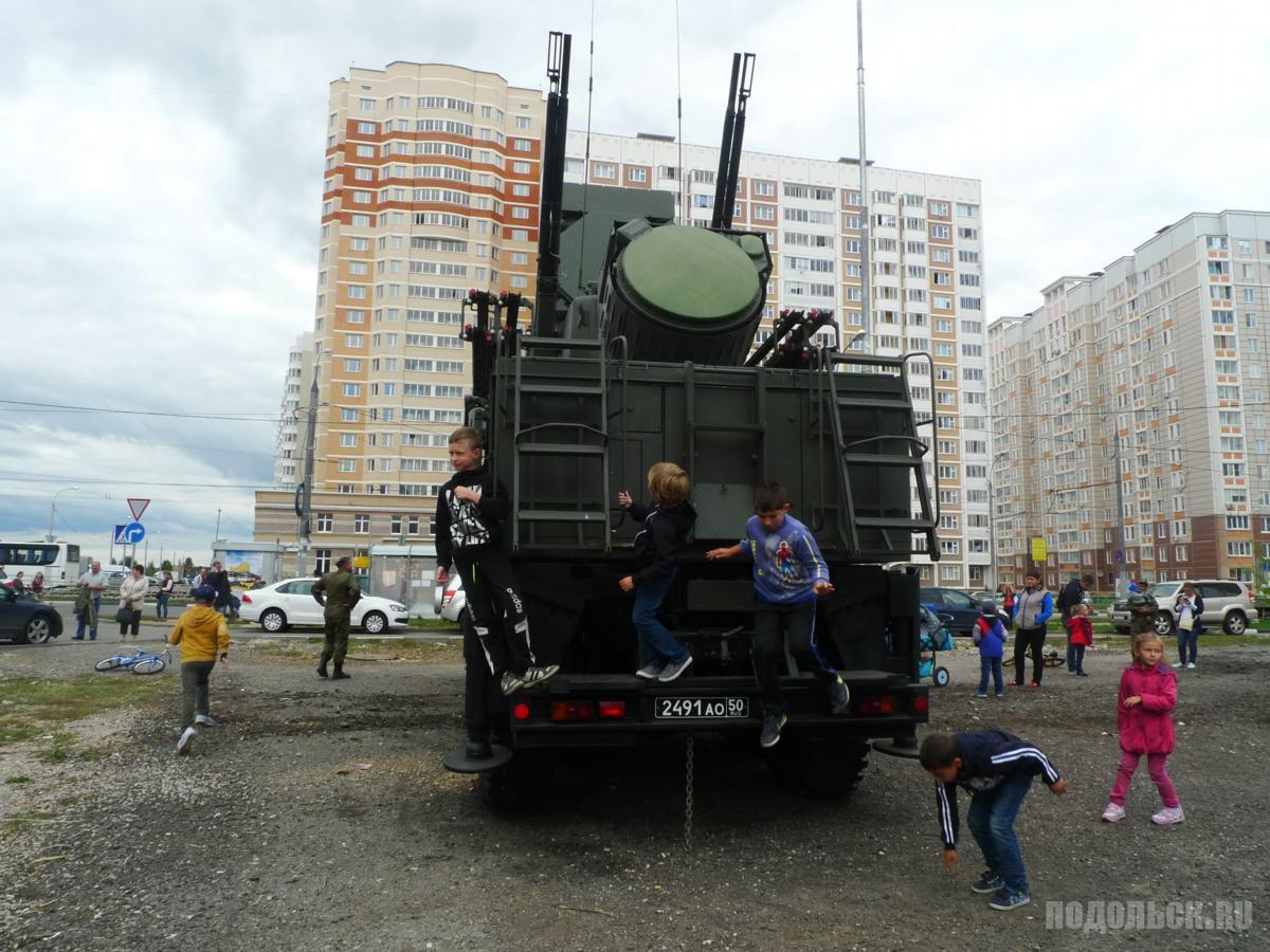 Зенитная установка на базе КамАЗ.