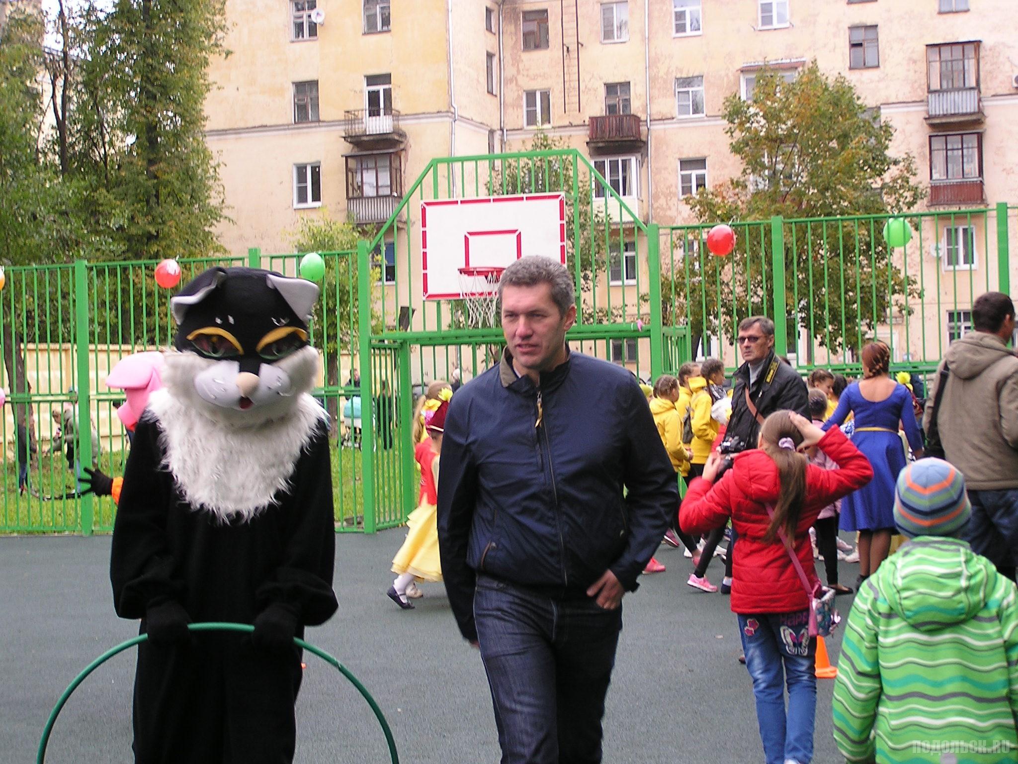Замглавы администрации Подольска Виктор Чуб.