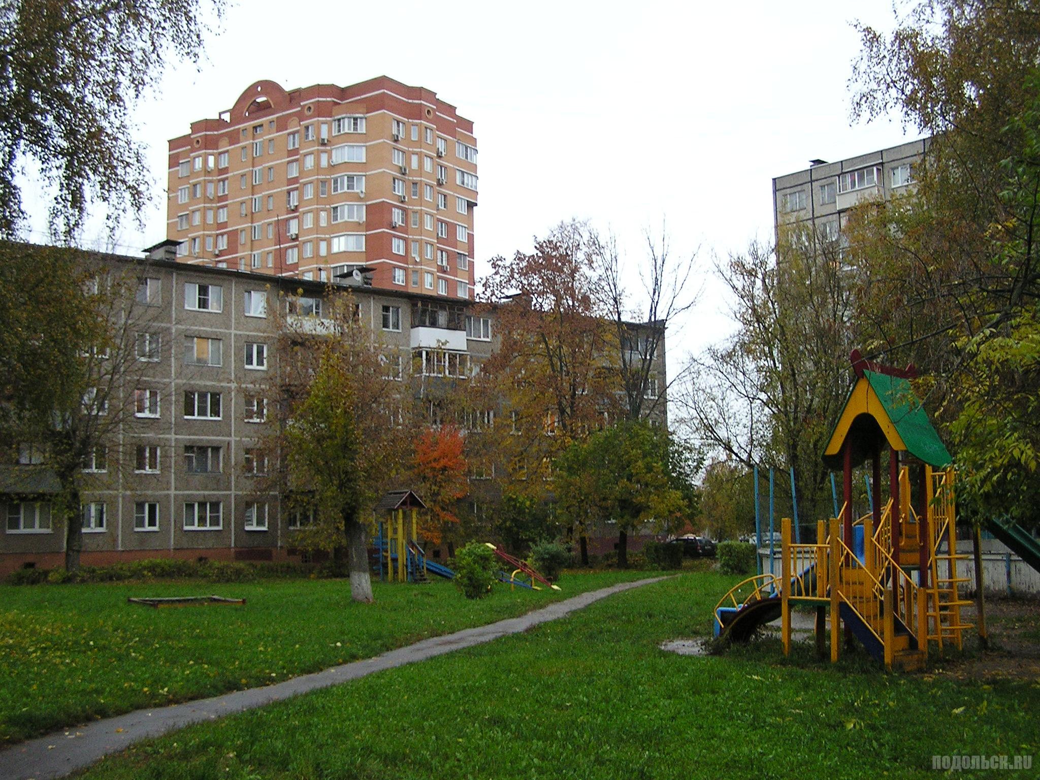 Ленинградская улица/ Октябрьский проспект. 4 октября 2016 г.