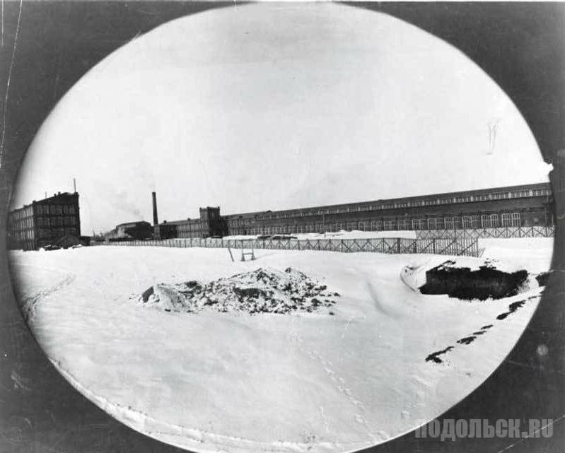 Завод компании фабрики швейных машин «Зингер», 1900 год.