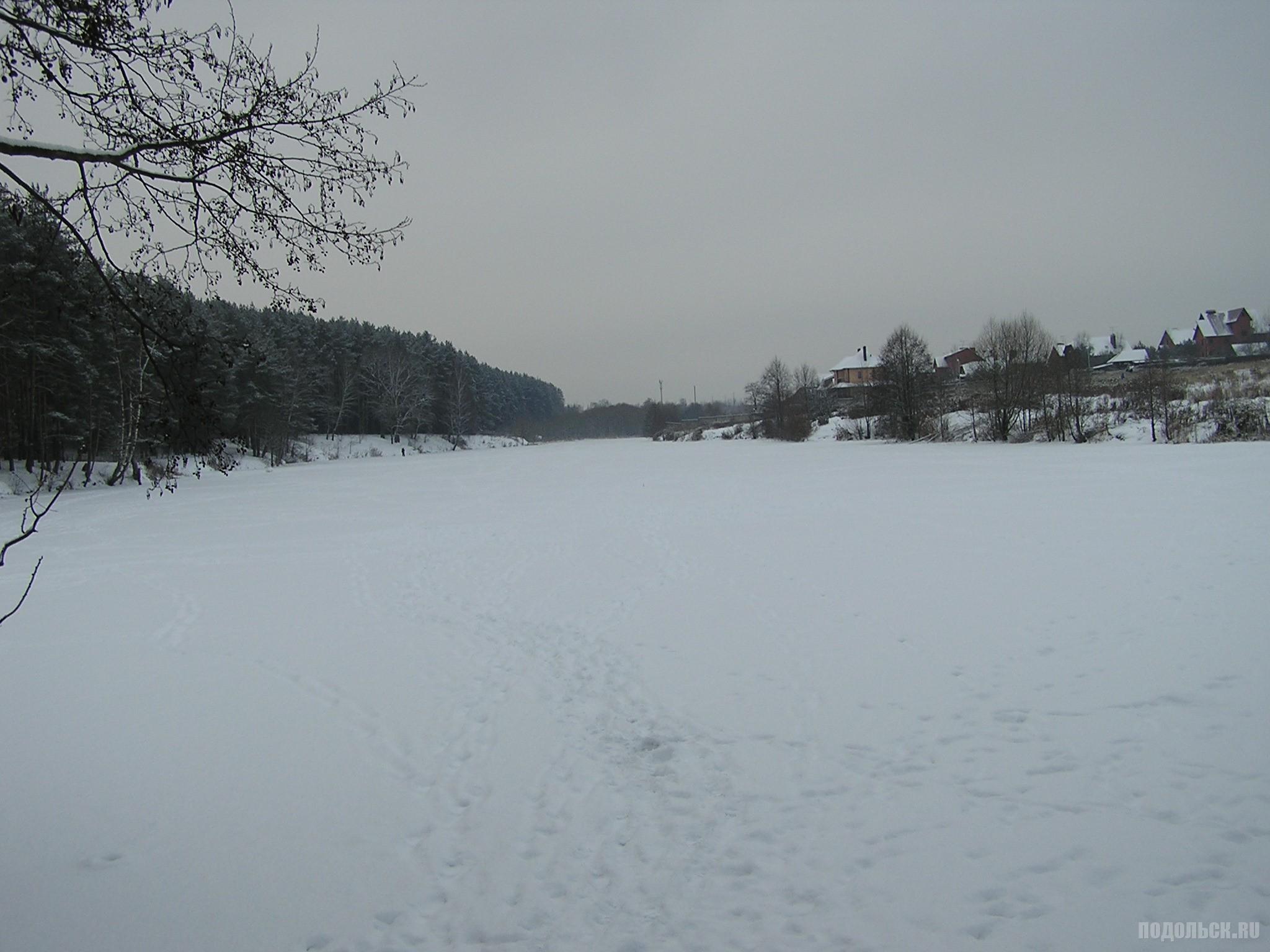 Река Рожай в Климовске. 3 декабря 2016 г.