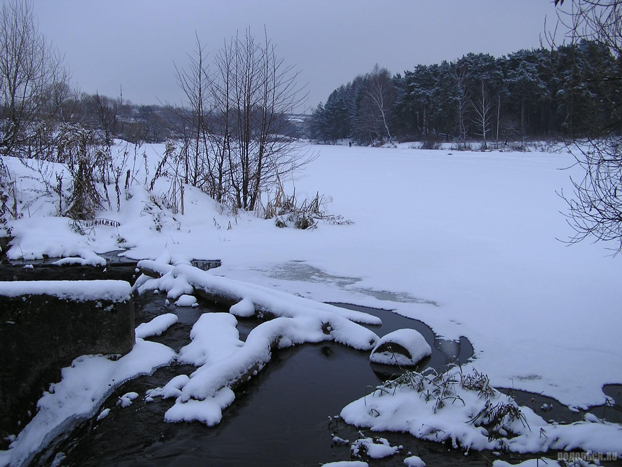 Река Петрица в Климовске. 3 декабря 2016 г.