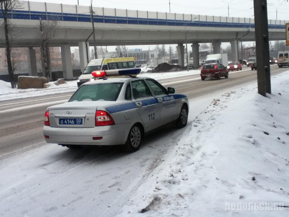 Машина полиции, 8 ОБ ДПС. Климовск, 14 декабря 2016 г.