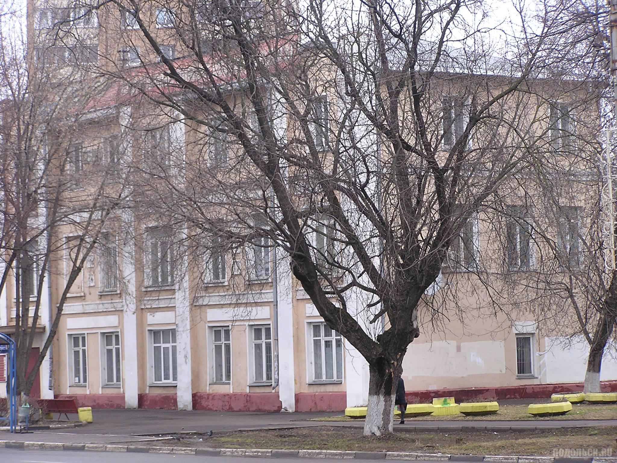 Б. Серпуховская, д. 1/41. 2 апреля 2017.