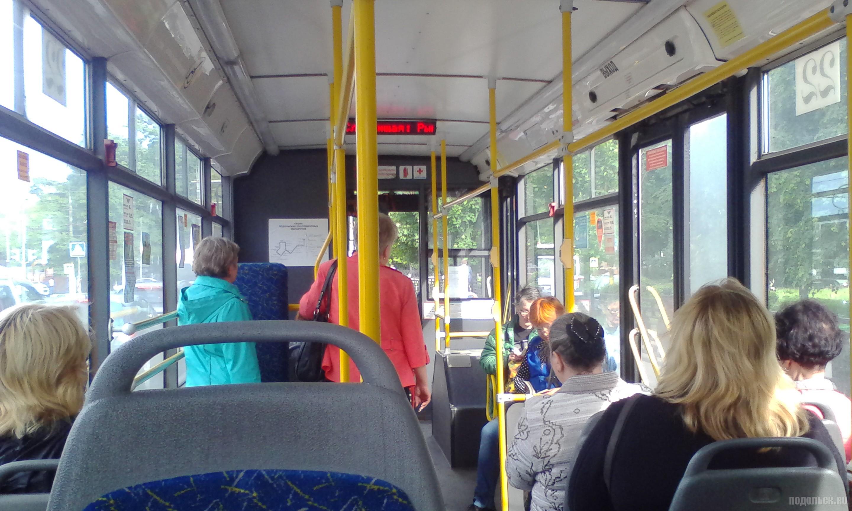 В салоне подольского троллейбуса. Июнь 2017.