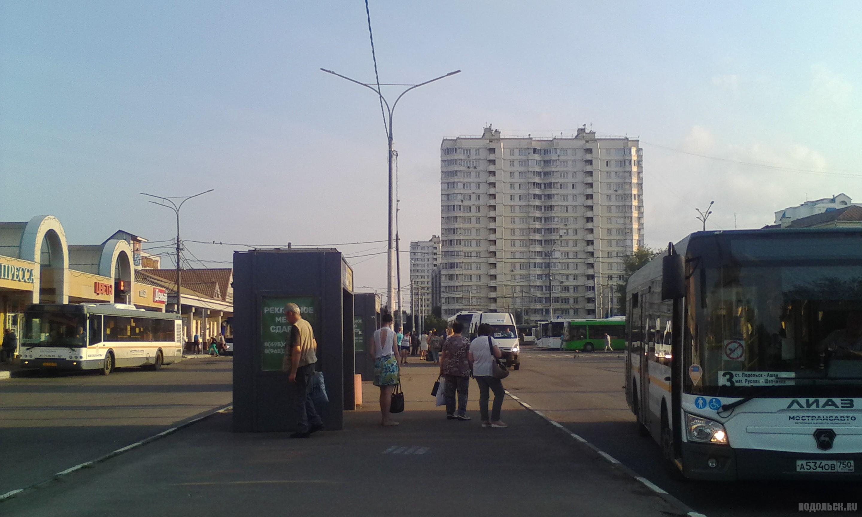 Вокзальная площадь, вид на Курскую улицу. 28.07.2017.
