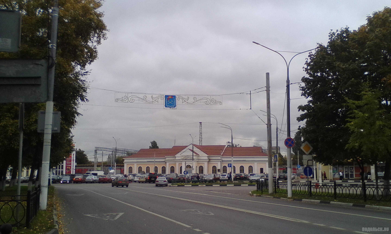 Ревпроспект у вокзала. 30 сентября 2017.