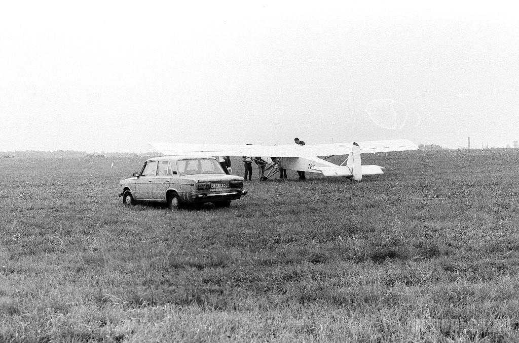 На аэродроме «Кузнечики». 1988 г.