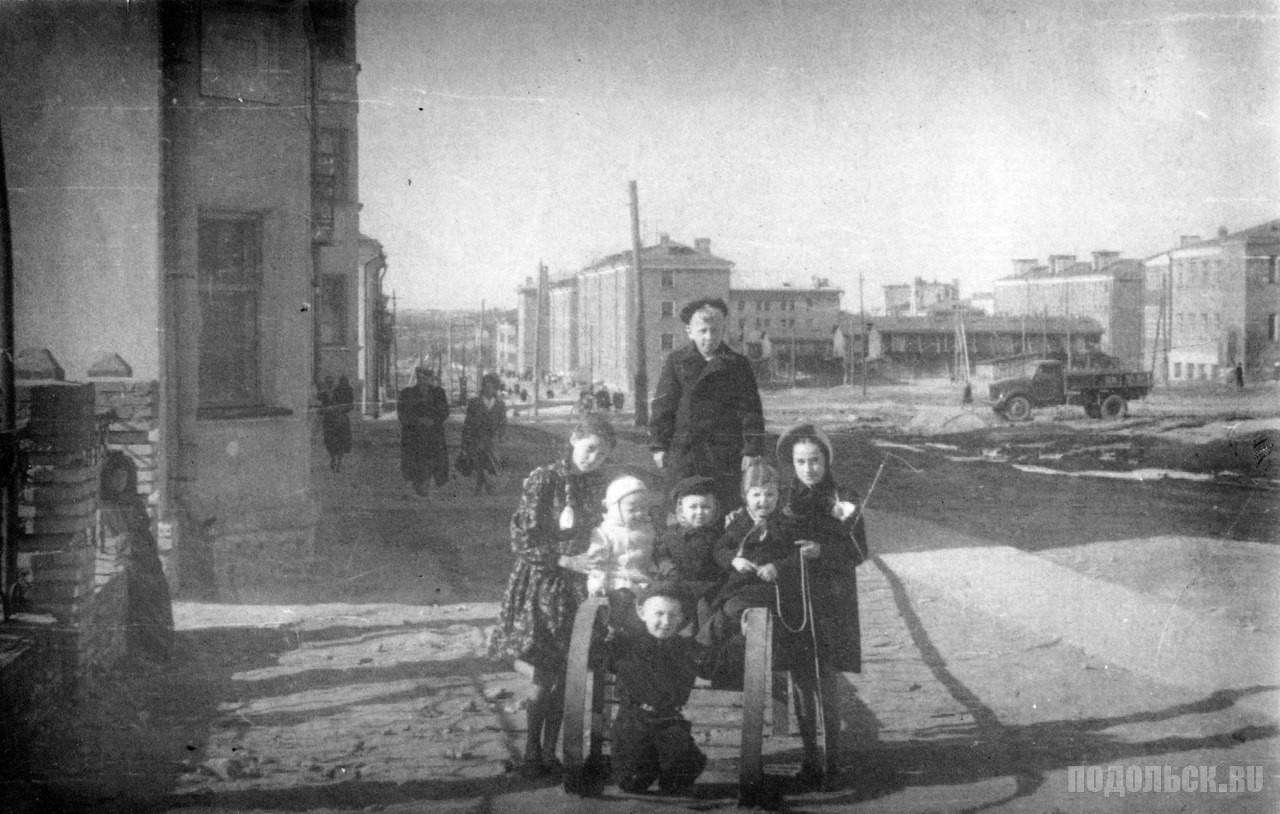 На Литейной улице. 1954 г.