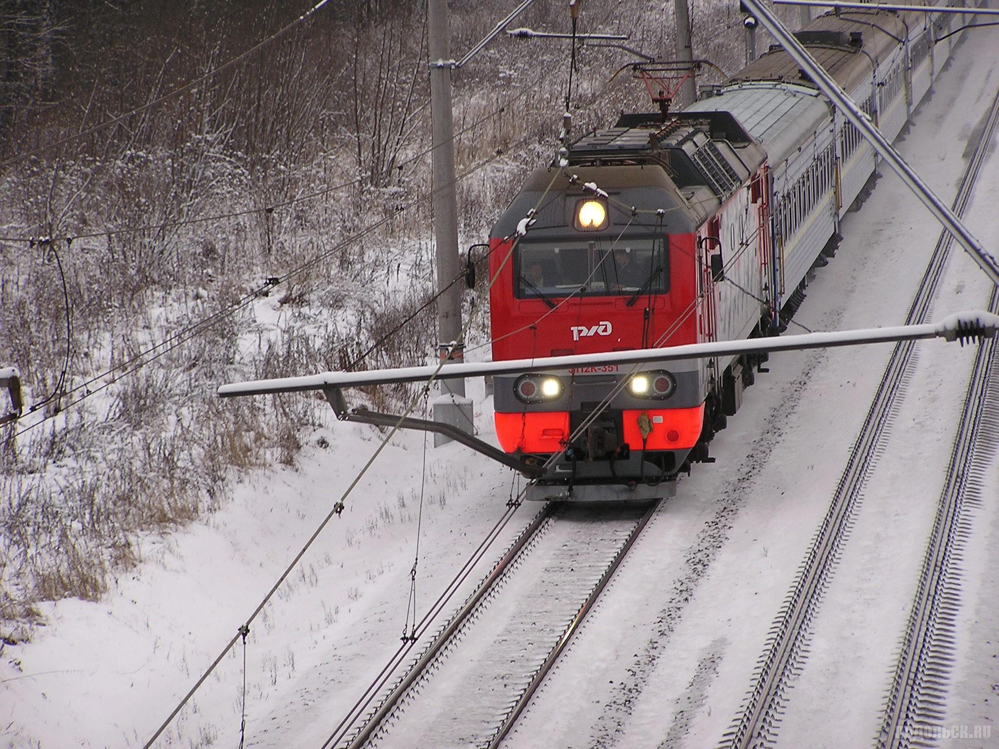 Украинский поезд на перегоне Гривно - Весенняя. 07.12.2017.