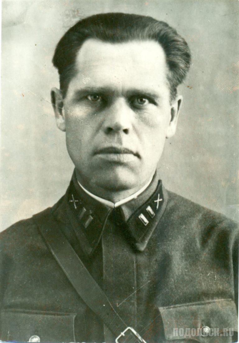 Батальонный комиссар Андропов Степан Николаевич. Преподаватель ПАУ