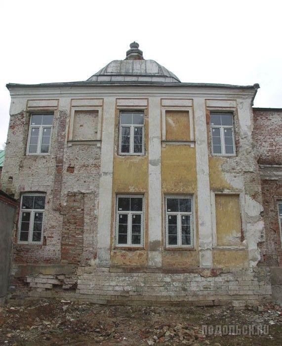 в усадебном доме сельца Михайловское. 30 апреля 2009 года.
