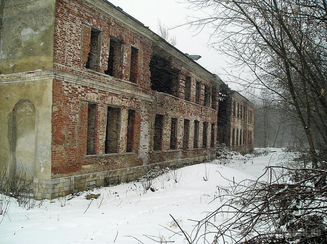 Бывшее здание театра