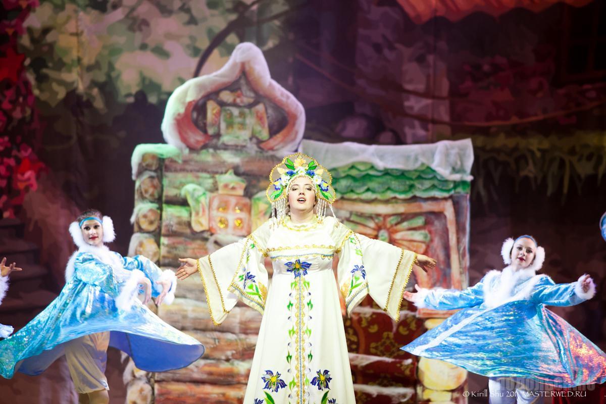 ДК Октябрь. Новогоднее представление 2012