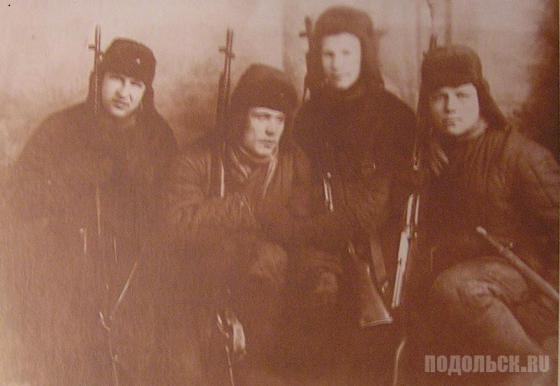 Бойцы 41-го истребительного батальона Подольска