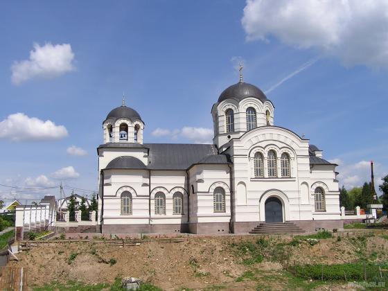 Храм Иоанна Богослова в Сынкове
