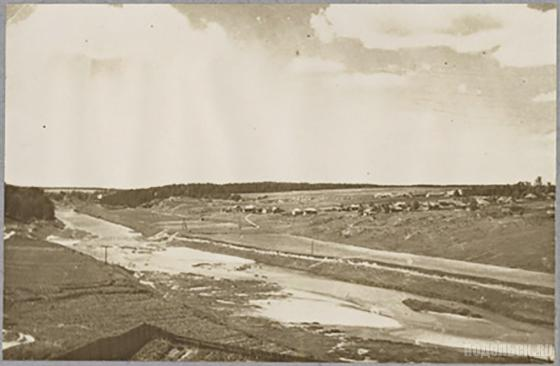 Река Пахра до устройства плотины в районе деревни Сальково. I половина ХХ в.