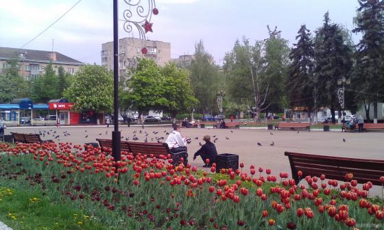 Октябрьская площадь. Май 2019